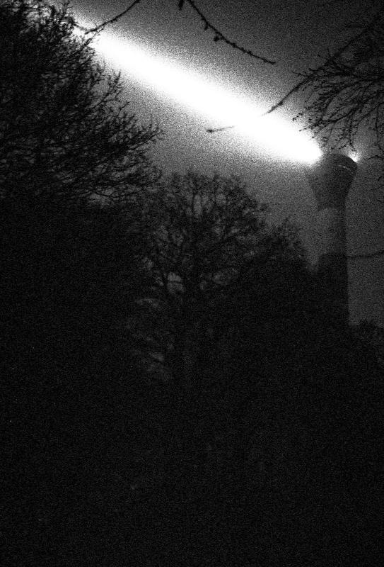 leuchtturm_in_blankenese-10-01.jpg