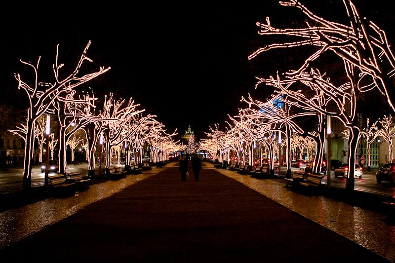 weihnachtsbeleuchtung unter den linden hildis privates photoblog. Black Bedroom Furniture Sets. Home Design Ideas